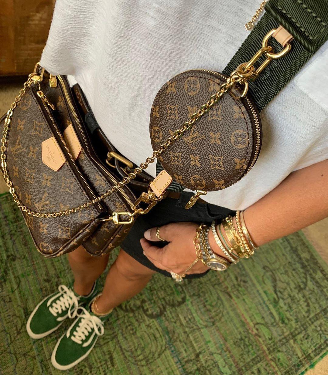 Pin By Gloria Escobedo On Papyros Io Latest Bags Louis Vuitton Shoes Heels Louis Vuitton Shoes Louis Vuitton Handbags