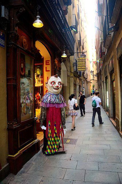 d62ffc076ffb8 Botigues de Barcelona - El Ingeni (mágia i disfresses)