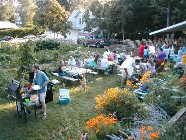 fun community garden ideas!