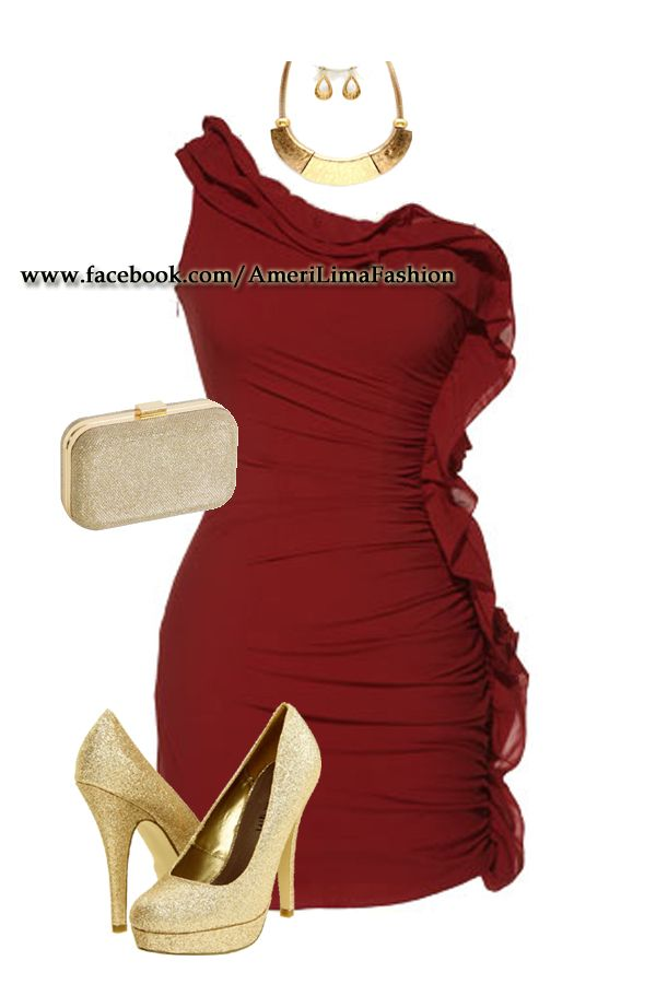 Zapatos Dorados Y Vestido Rojo Opaco Buena Combinacion En