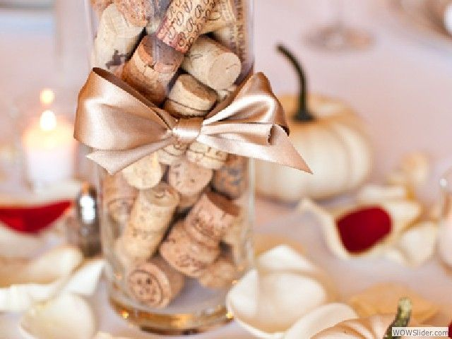 Wine cork centerpieces for wedding wine cork wedding for Wine themed centerpieces