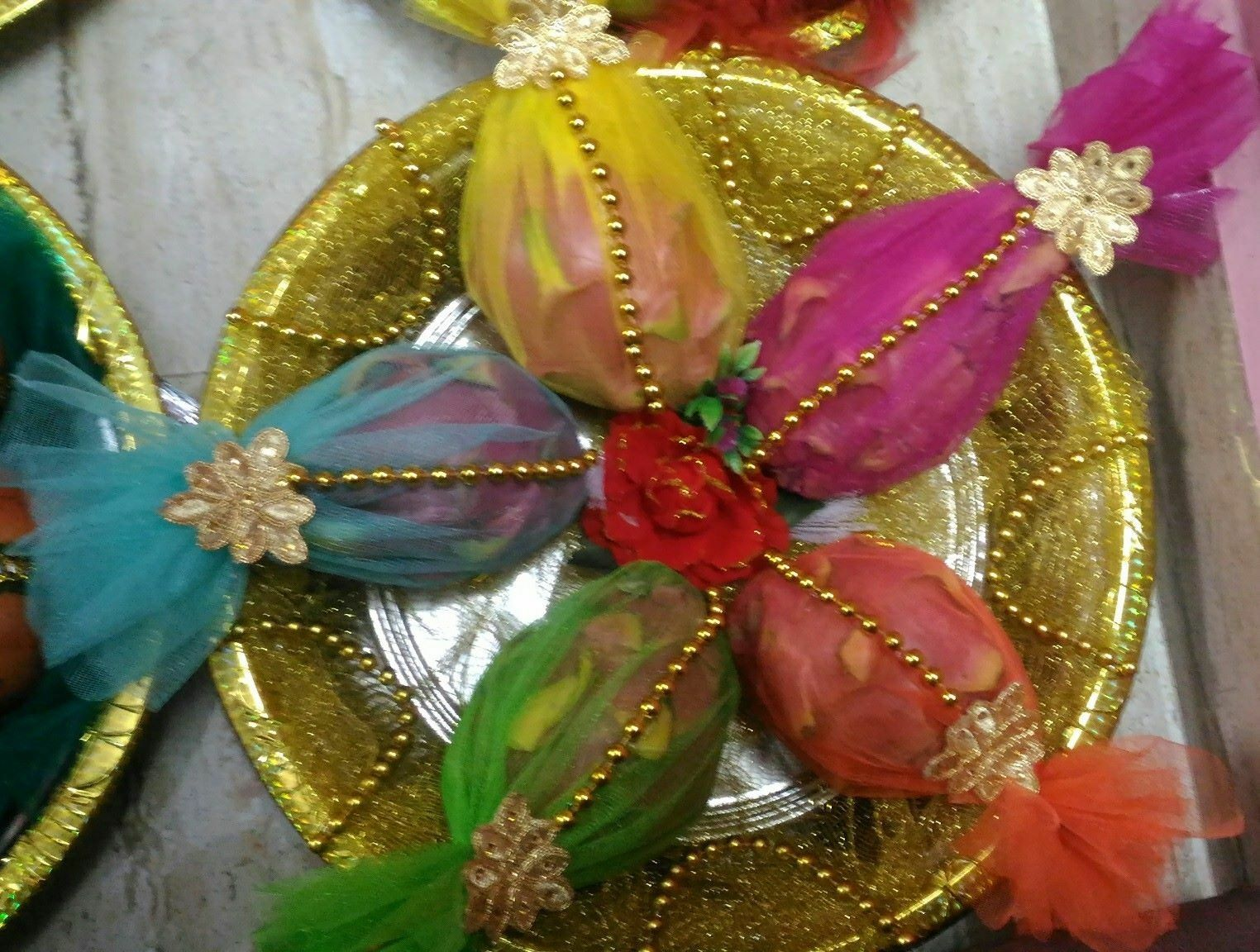 Mehndi Party Trays : Pin by monika on plate decorati mehndi party