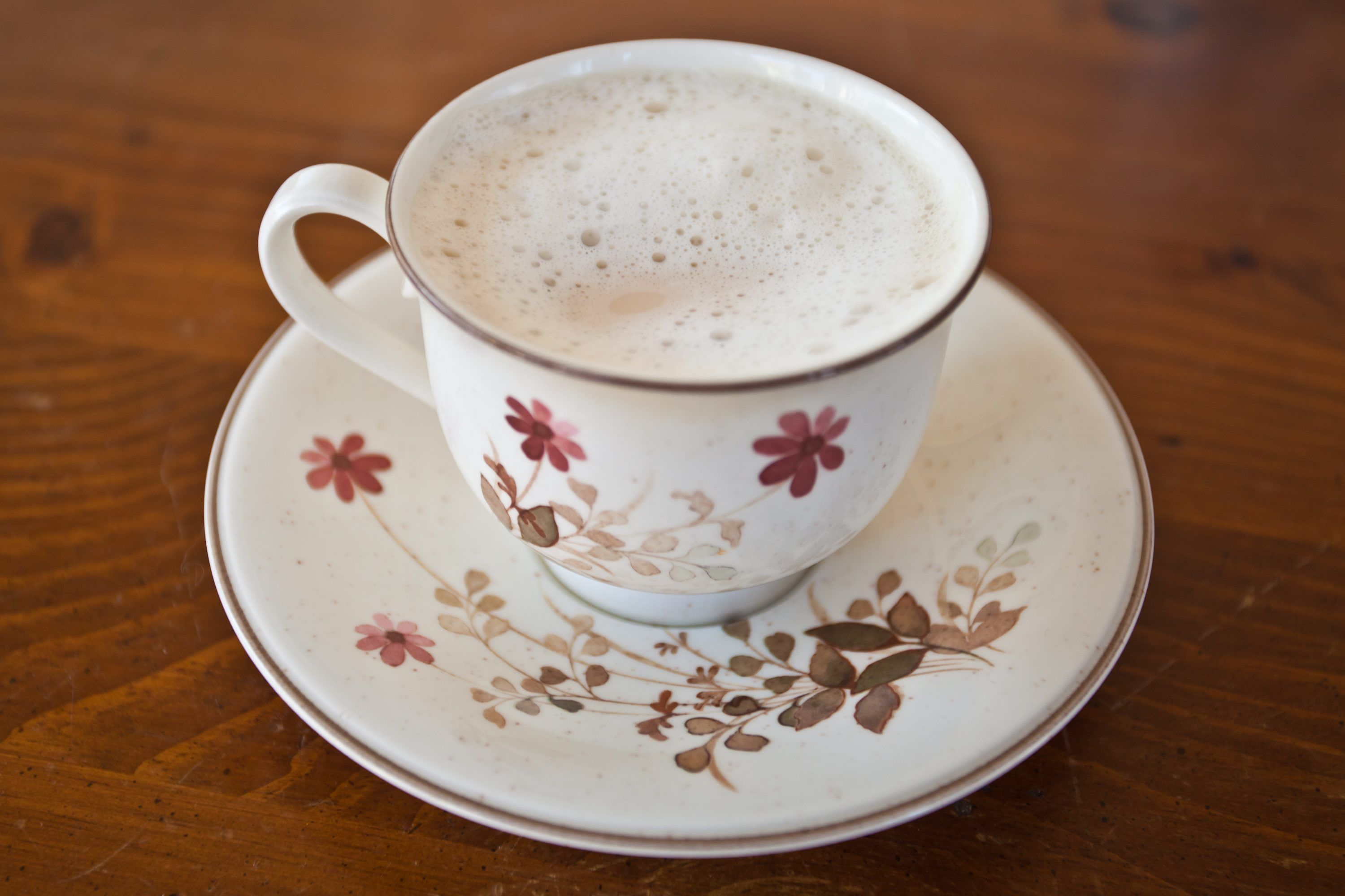 How to Steam Milk Without an Espresso Machine Wand How