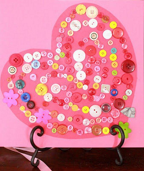No one ever knows what to do with all of those leftover buttons, but you can put them to good use by making this adorable valentine heart. Just sort some buttons in the colors of your choice, swirl some glue on a craft paper heart, and start sticking!