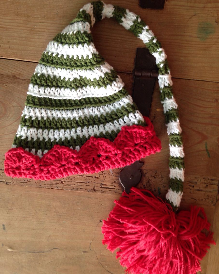 Gorro bebe crochet tipo elfo o duende realizado en colores navideños ...