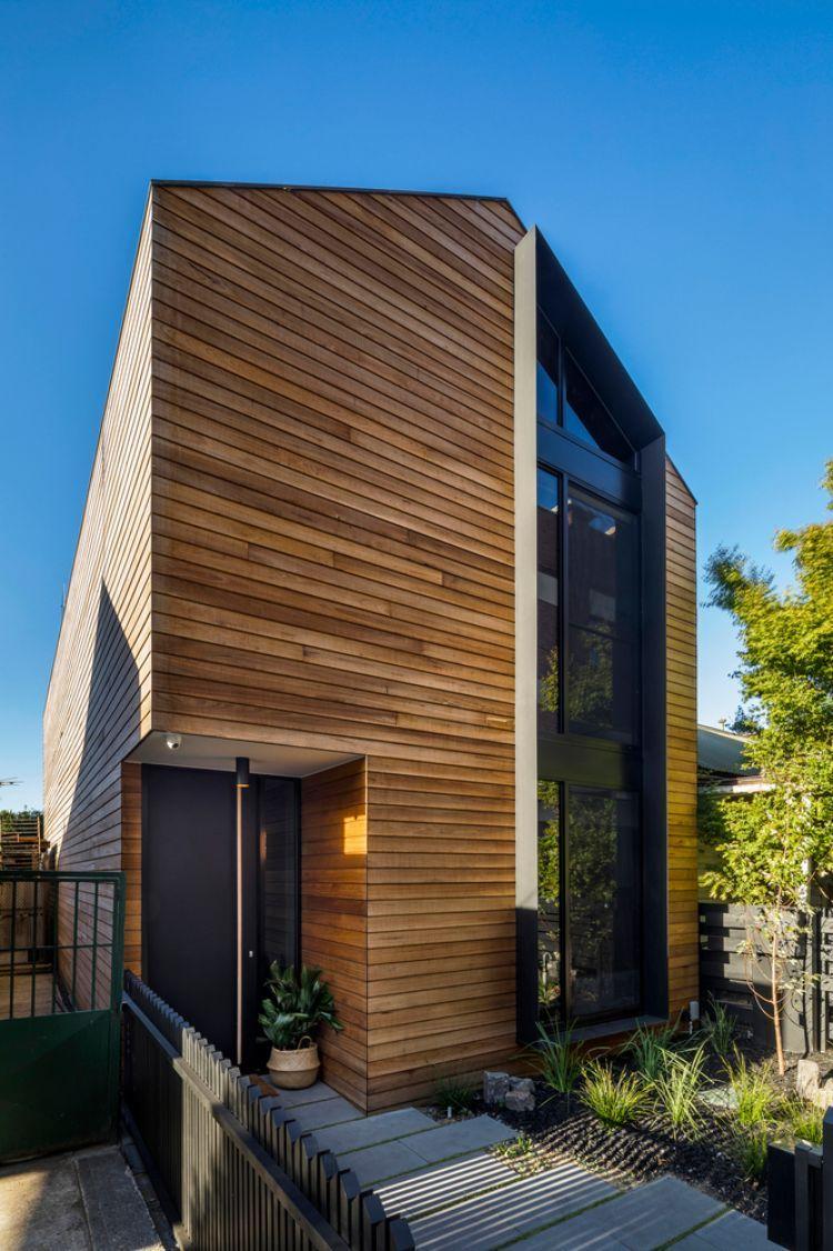 Haus Mit Holzfassade Verkleidung Aus Natürlichem Bauholz Und Modernem Design