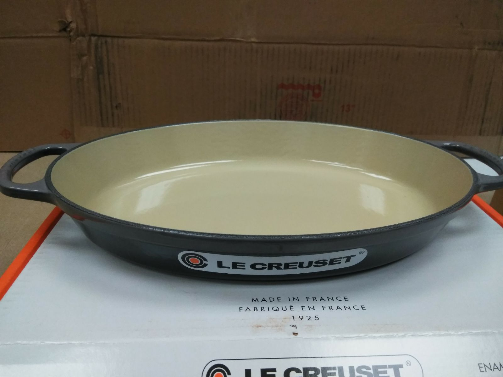 Le Creuset Oval Cast Iron Baker Size 2 25 Qt 32 Cm Color Oyster Flint Gray Brand New In Original Box Lifetime Warranty Creuset Le Creuset Cookware Oysters Le creuset oval baking dish