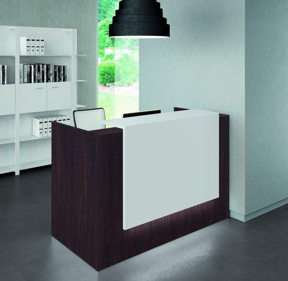 Z2 di quadrifoglio office furniture tavoli da ingresso for Mobili da reception