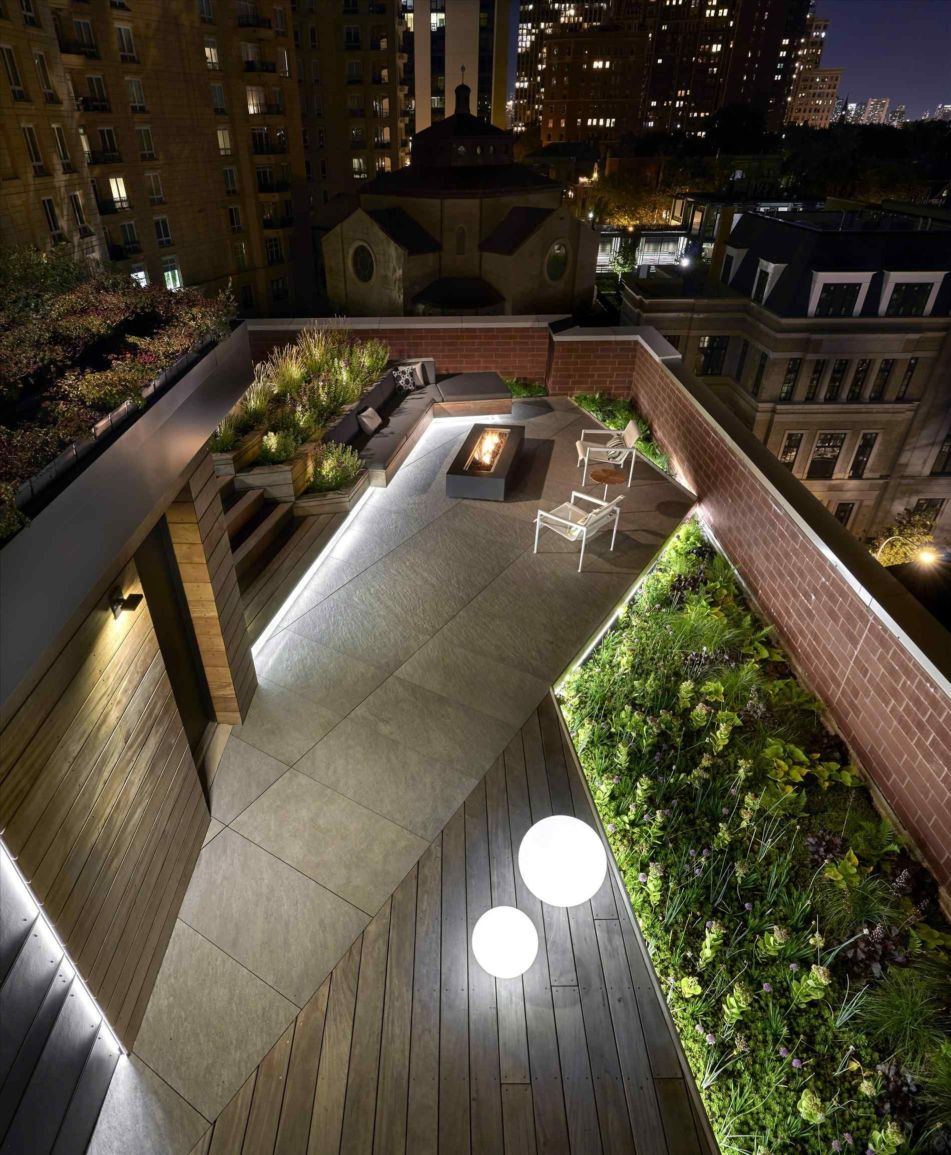 Chicago Lighting Company: 옥상 정원, 정원, 건축