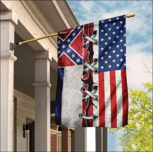Mississippi And American Flag In 2020 House Flags Flag Colors Fabric Flags