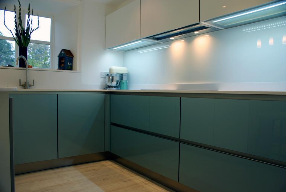 Glas für küchenrückwand  Gestalten Sie Ihre Küche mit einer der Küchenrückwand aus Glas ...