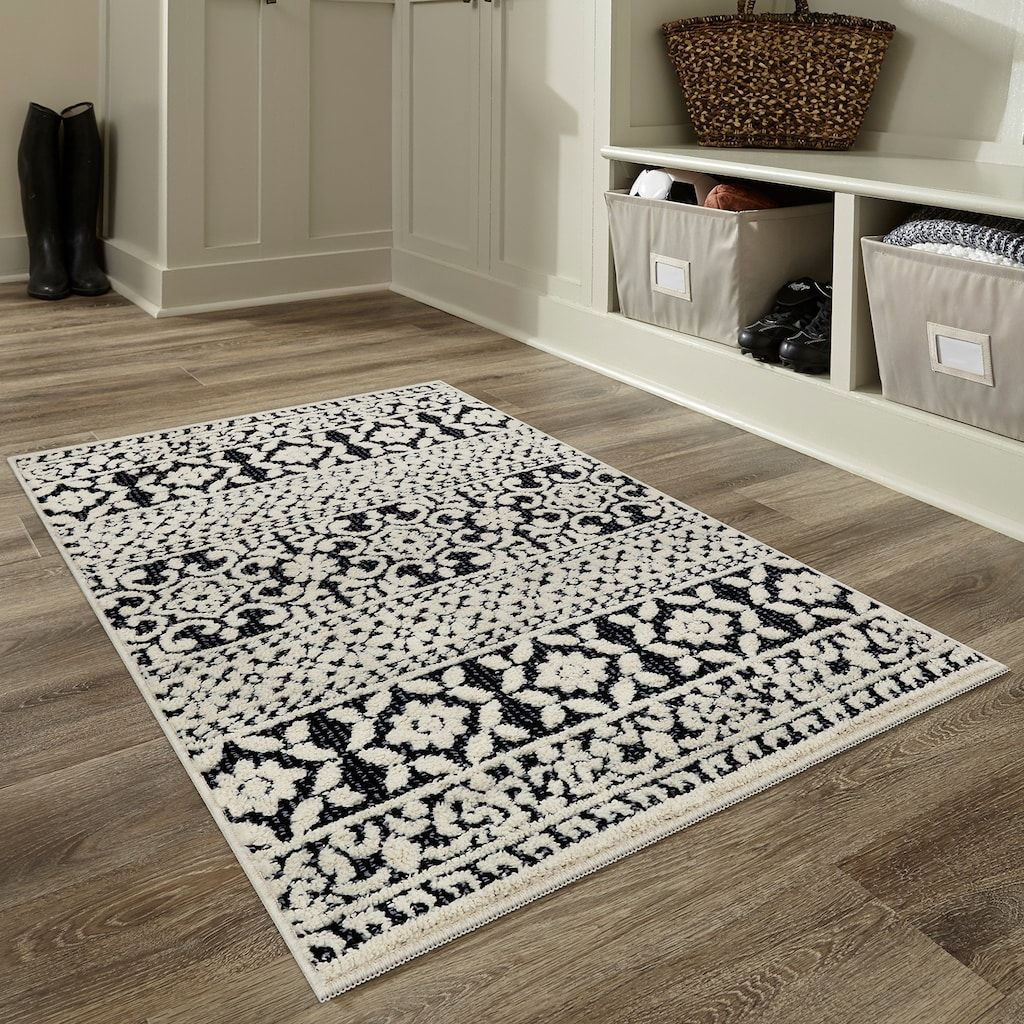 Maples Ultra Soft Signature Farmhouse Area And Throw Rug Farmhouse Rugs Laundry Room Rugs Black And Cream Kitchen