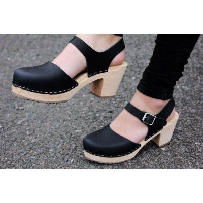 876746e3dc2 Lotta From Stockholm Highwood Clogs in Black Leather with Natural ...