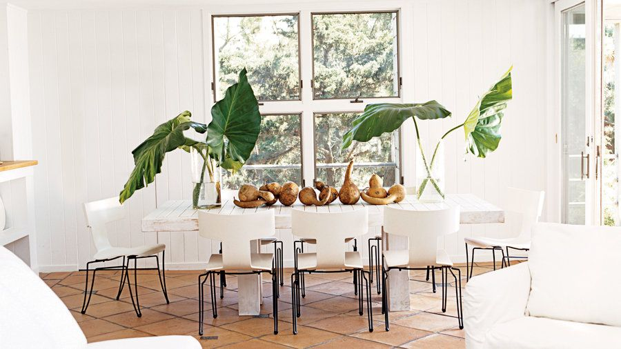 Dining Rooms With A Coastal Touch  House Extraordinary Beachy Dining Room Sets 2018