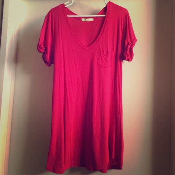 Pink TShirt Dress Dark pink t-shirt dress. Great as a cover up or to wear with flip flops! Forever 21 Dresses