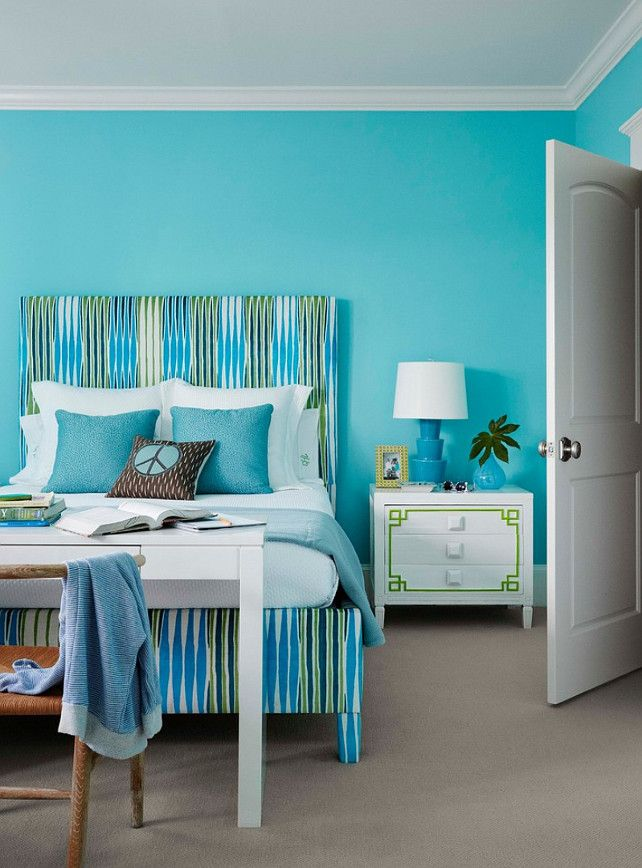 If You Love Teal, You Canu0027t Go Wrong With This True Teal Paint Color!  Benjamin Moore 739 Un Teal We Meet Again