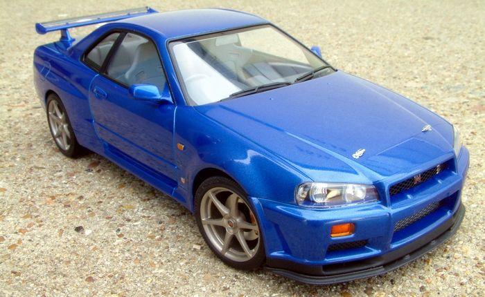 Tamiya Nissan Skyline GT-R V-Spec II Model Car 1//24