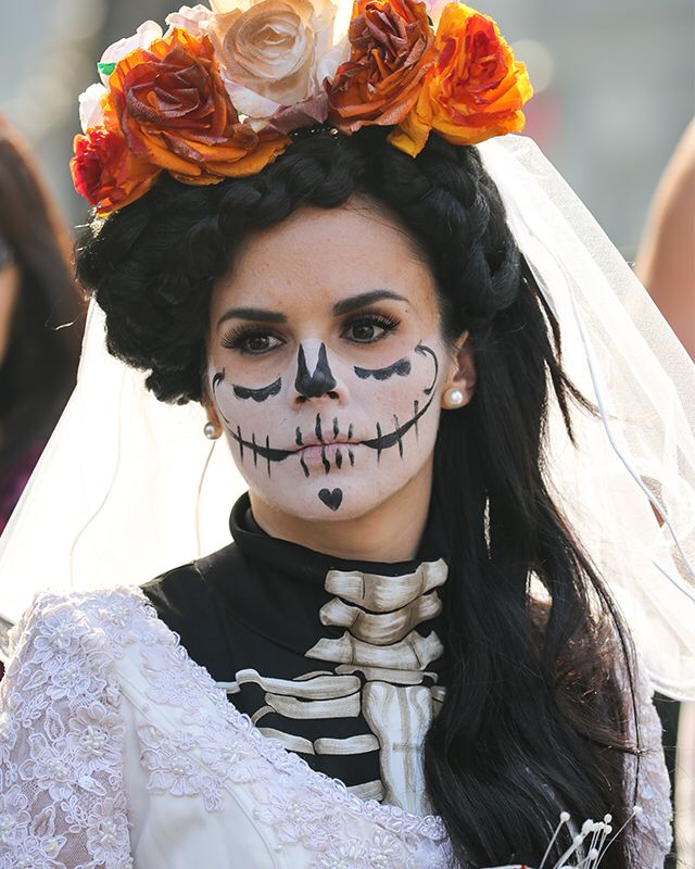 Dag Halloween.Dag Des Doods Halloween In 2019 Dead Makeup Day Of Dead