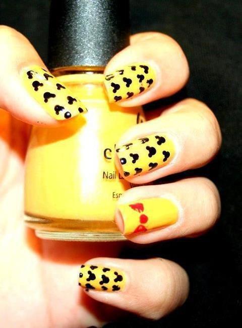 Mickey Mouse Nails | Nails | Pinterest | Manicuras, Uña decoradas y ...