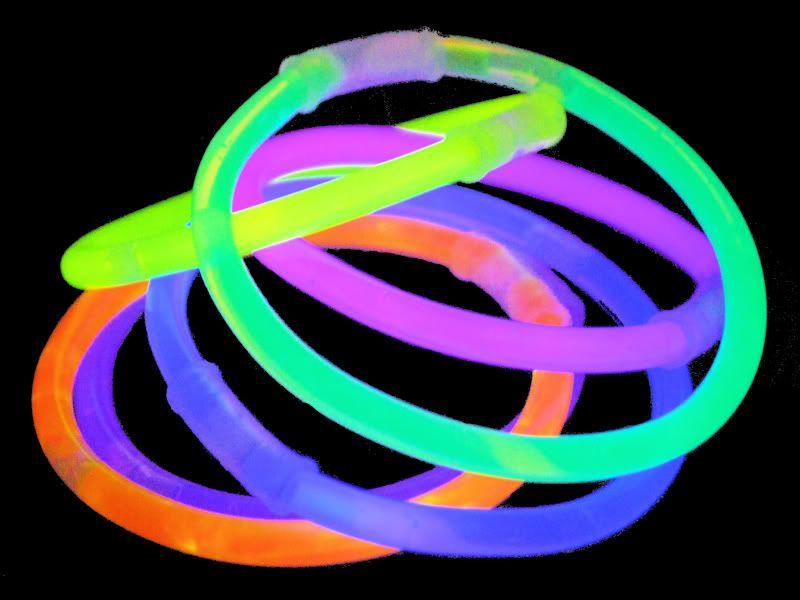 Pin By Pulseras Luminosas On Pulseras Luminosas Glow Sticks Glow Stick Wedding Glow Bracelets