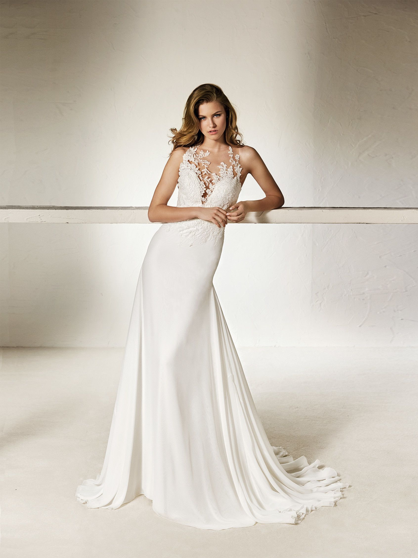 Brautkleid Ausschnitt Tüllpasse | Hochzeitskleid | Pinterest ...