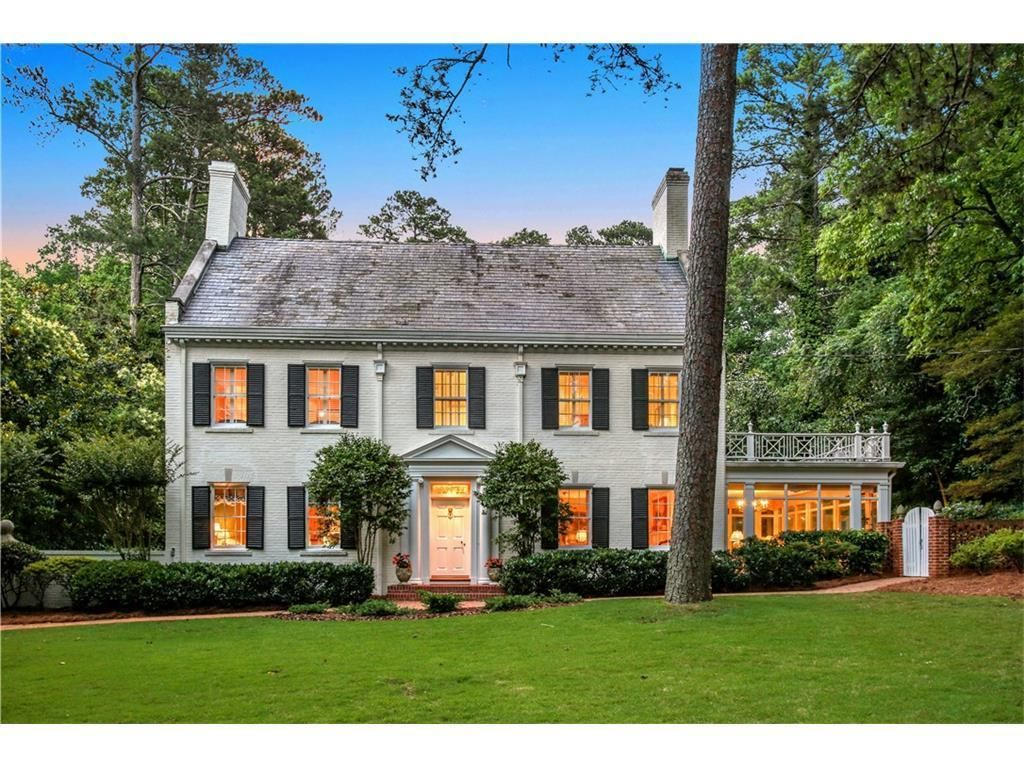 3461 Tuxedo Rd Nw Atlanta Ga 30305 4 Beds 5 5 Baths Colonial
