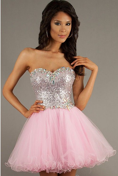 Not sure I could pull off that cupcake dress style, but its so cute ...