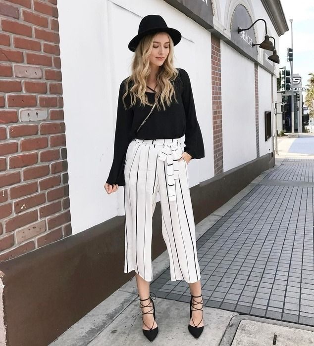 striped pants yes please  fashion stripe outfits