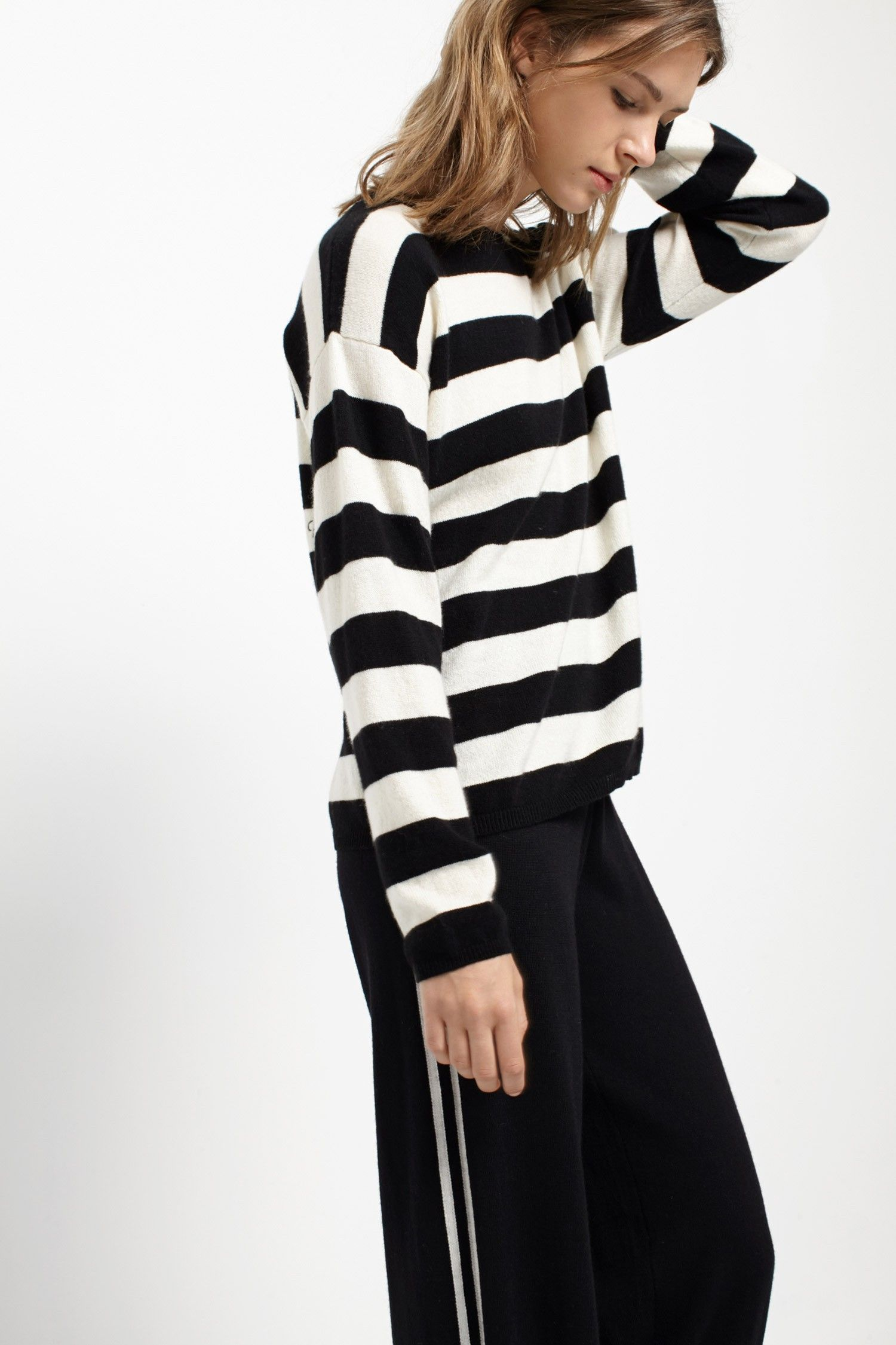 855fc6fa33c This ultra-soft striped cashmere sweater is shaped into a relaxed boxy fit  from 100% Italian yarn.