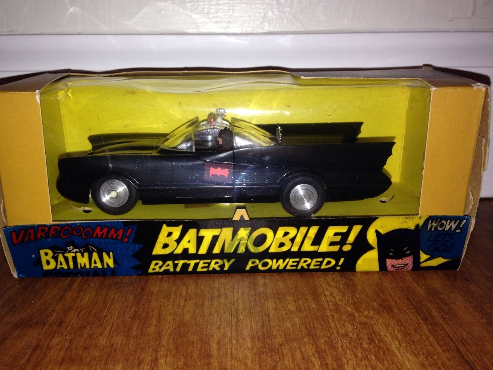 Vintage 1966 Batmobile Battery Powered Magicar By Triang W Box