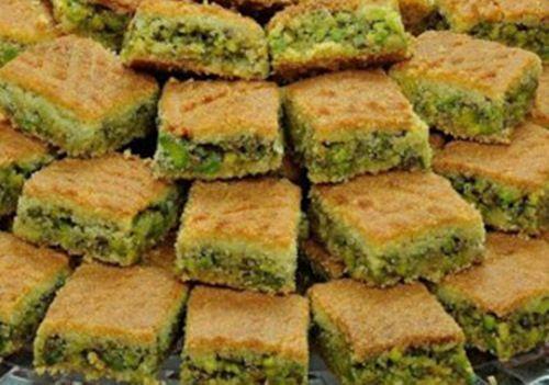 طريقة عمل معمول مد بالفستق الحلبي بالصحة والهنا Middle Eastern Food Desserts Cooking Recipes Arabic Sweets