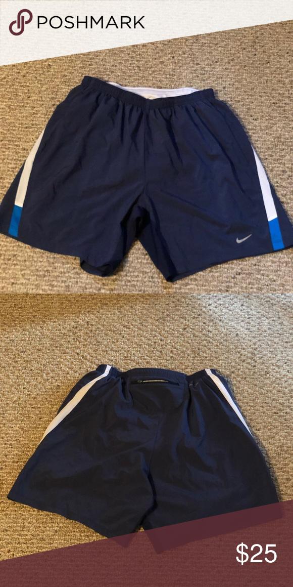 nike shorts zipper side pocket