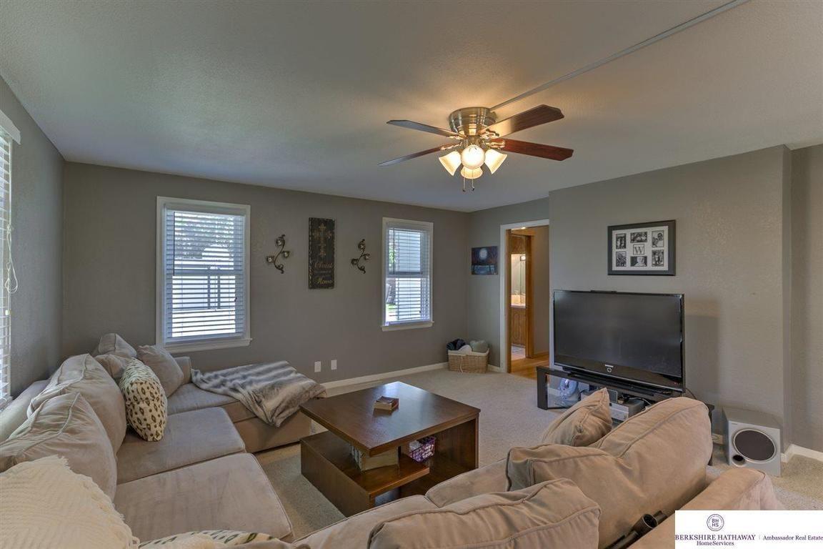 2221 n 205 elkhorn ne 68022 for sale home