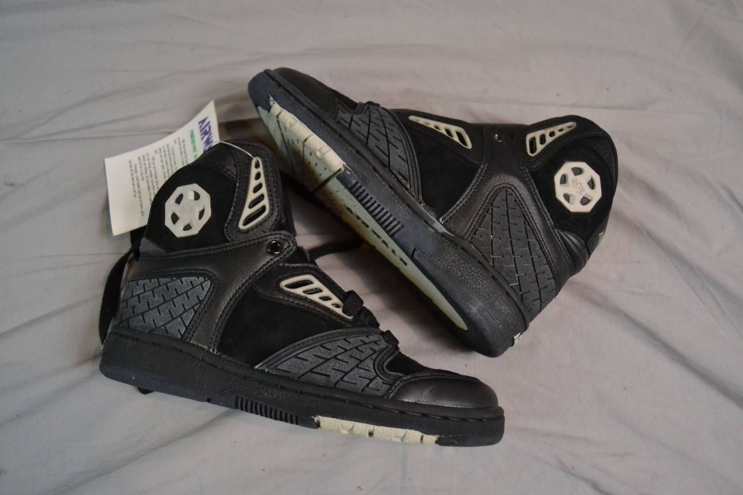 370290c0e164e4 Murdered Out Vintage 90 s AIRWALK Prototype 620 High Top