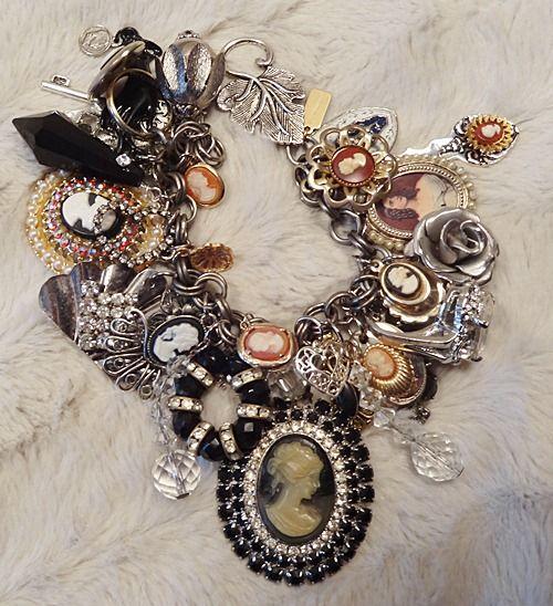 Pearl and Fleur de lis Charm Bracelet Cameo