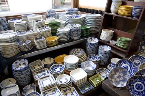 Image detail for -. of Imari ware shopping for Imari and its uses in Japanese cuisine & KYOTO ++ Kanzando (imari) // north side of Shinmonzen west of ...