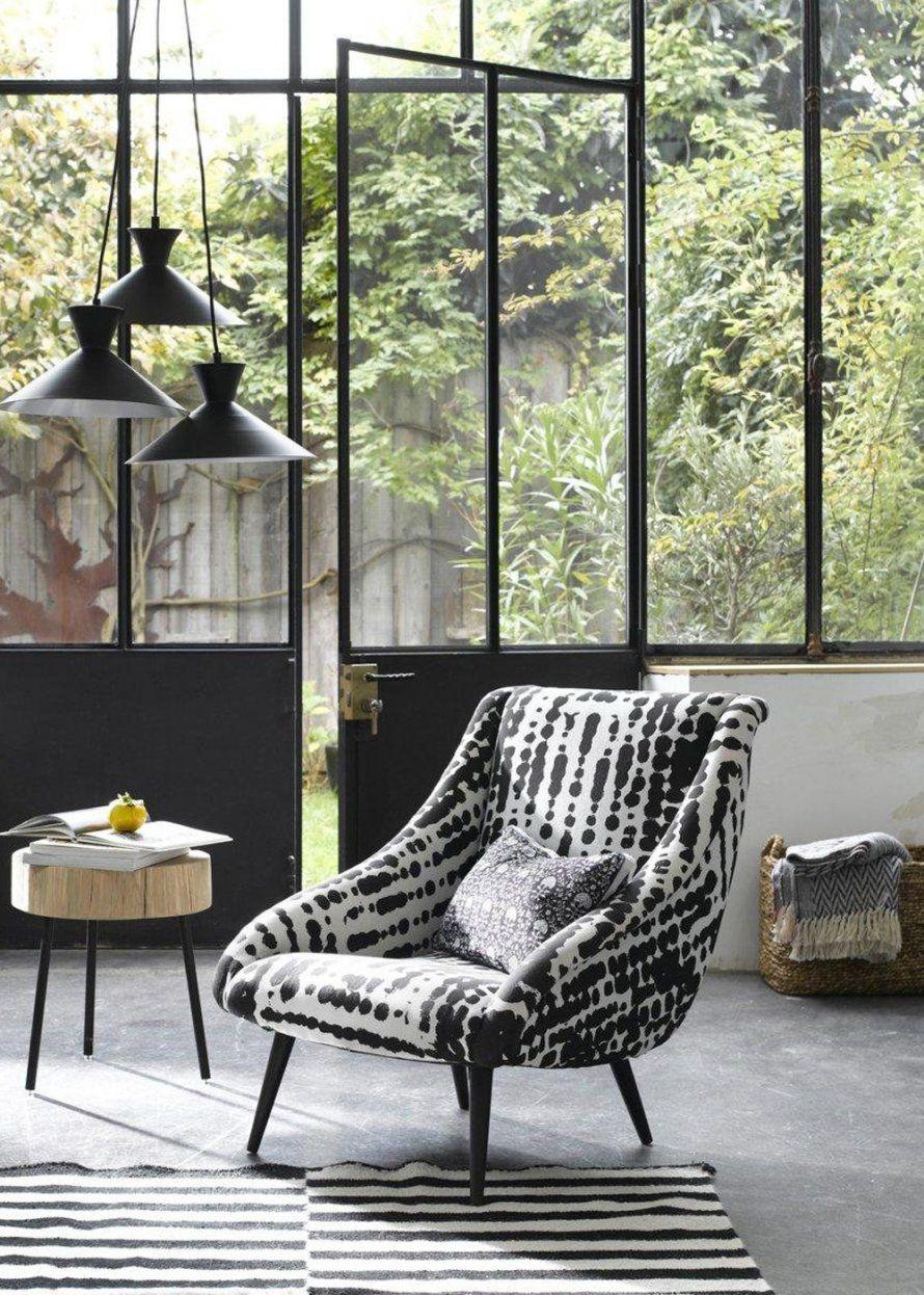 Petit Fauteuil Tendance Gubi Mobilier De Salon Decoration Interieure Idees De Decor