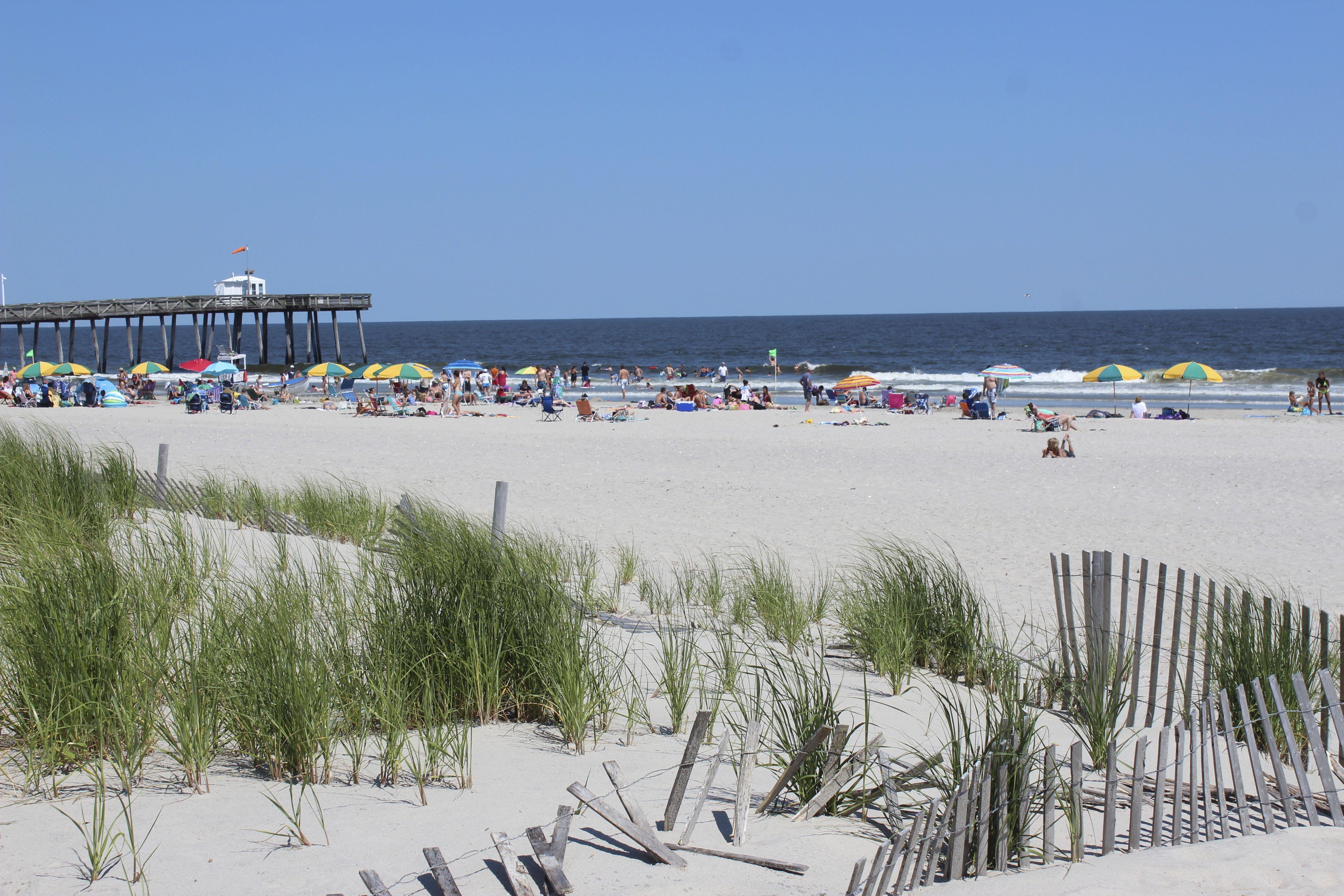 Beachfront At The Port O Call Hotel Ocean City Nj Ocean City Ocean City Nj Ocean City Hotels