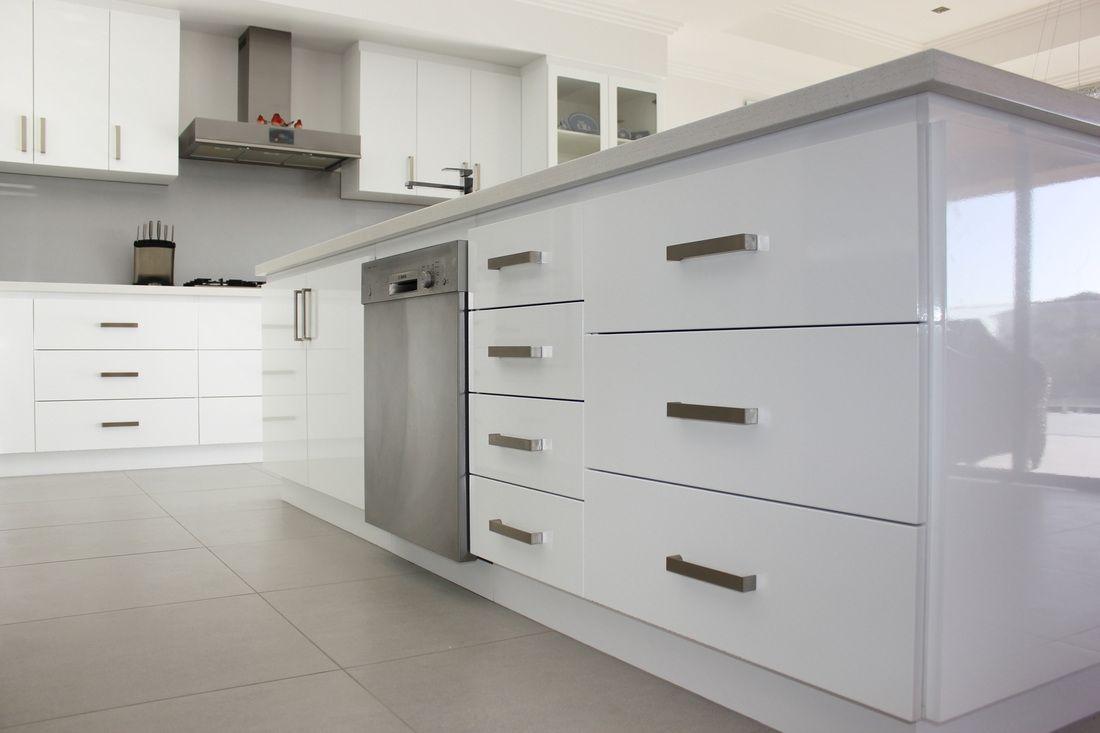 Vinyl Wrap Kitchen Cabinet Doors   http://betdaffaires.com ...
