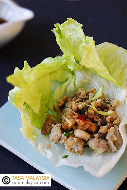 Chicken Lettuce Wraps - minced chicken wrapped in fresh iceberg lettuce served with hoisin dipping sauce. They are healthy and great for the palate. #chicken
