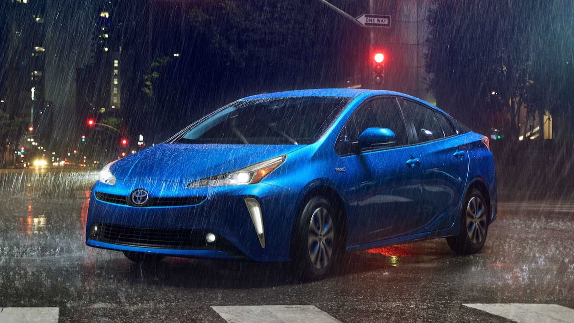 The Updated 2019 Toyota Prius Brings A Refreshed Exterior Styling