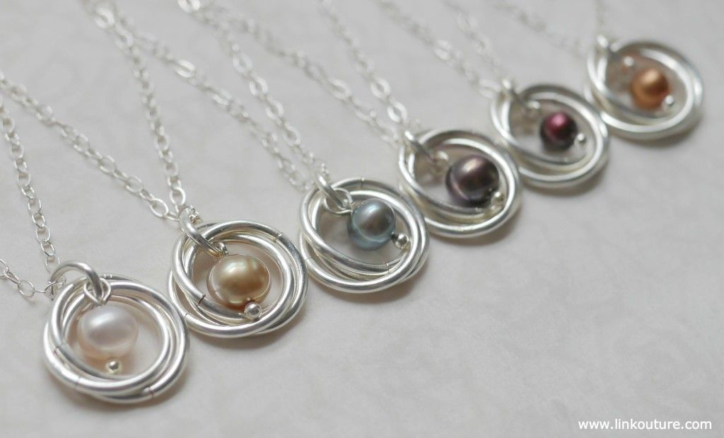 Super chic and feminine pearl necklace diy tutorial diy jewelry learn how to make your very own pearl and spiral pendant necklace with this diy jewelry mozeypictures Images