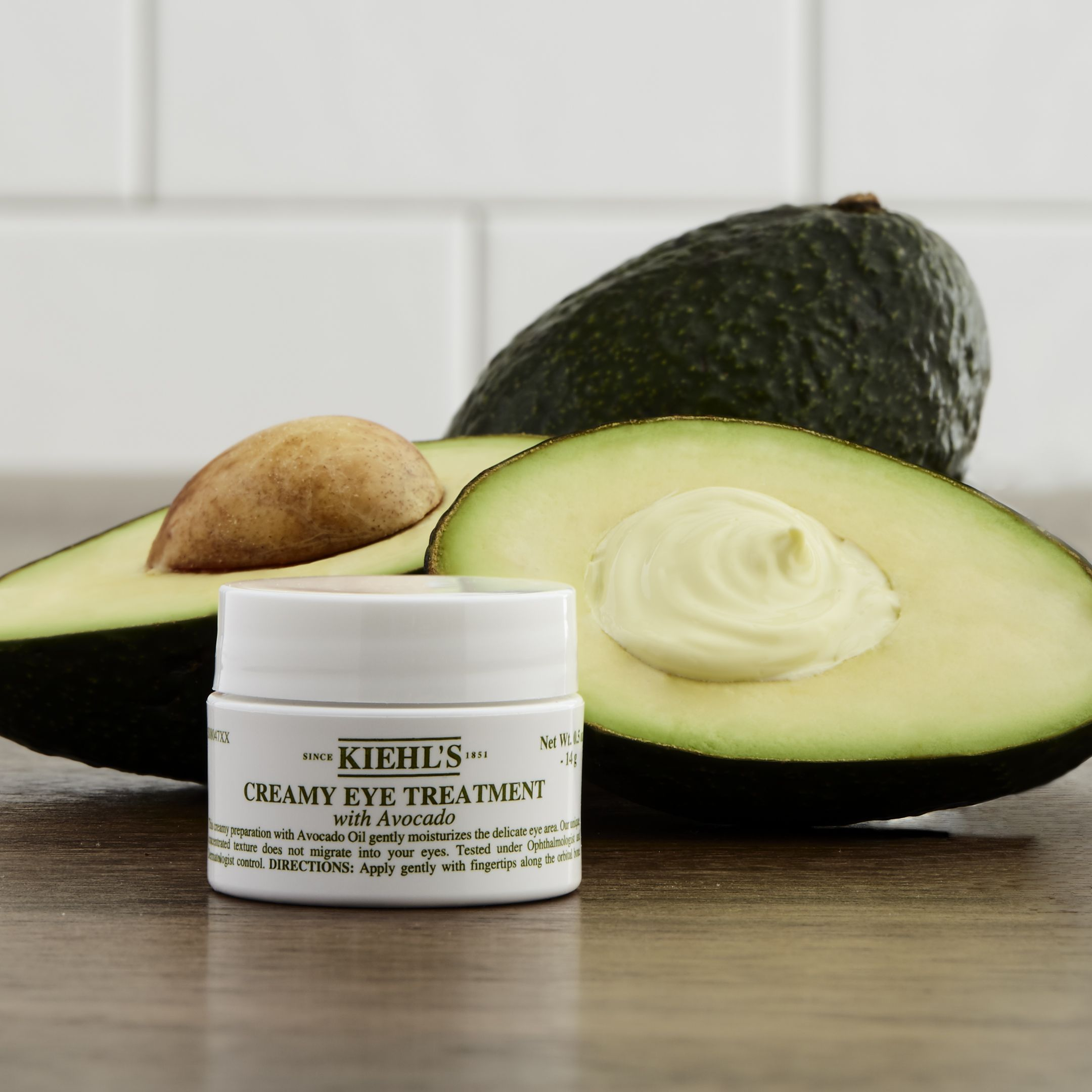 Kiehl's Creamy Eye Treatment with Avocado is a moisturizing eye cream made with a unique blend of nourishing Avocado Oil and luxurious Shea Butter. This eye cream does not migrate into the eyes, but stays put to provide hydration to the sensitive eye area. Dermatologist and Ophthalmologist tested!