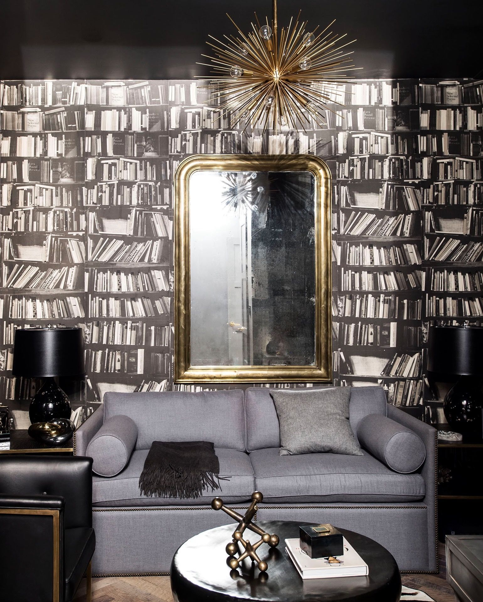 Why this works: Traditional with a twist | Snug, Wallpaper and ...