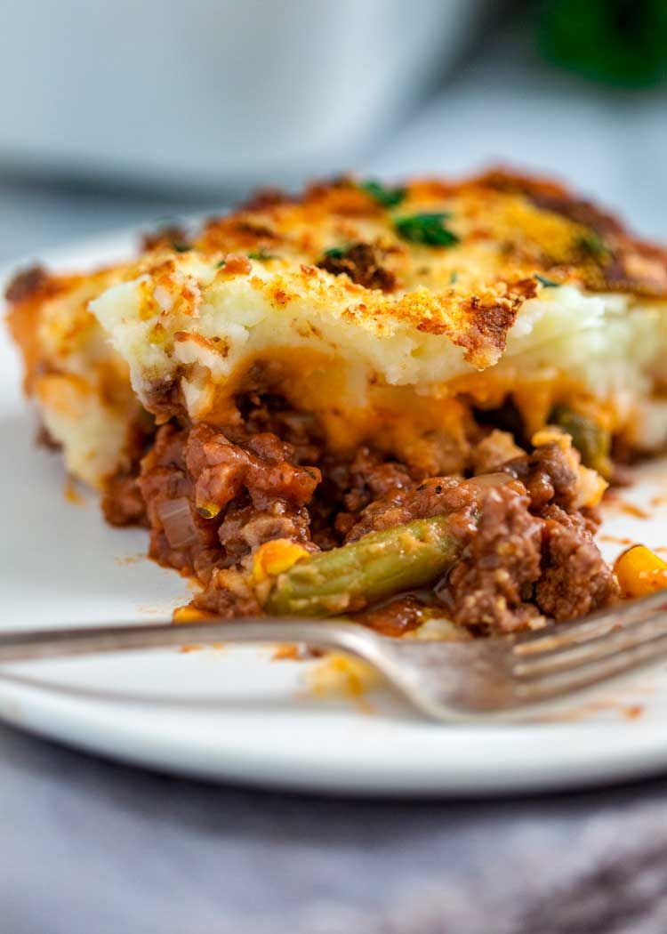 Easy Cottage Pie has ground beef simmered with onions ...