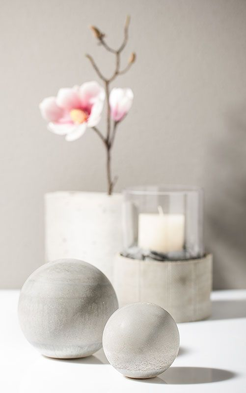 concrete sphere decor concrete love pinterest dekokugeln beton basteln und deko aus beton. Black Bedroom Furniture Sets. Home Design Ideas
