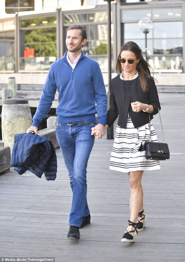ac948755620 Pippa Middleton channels Riviera chic in Sydney leg of honeymoon ...