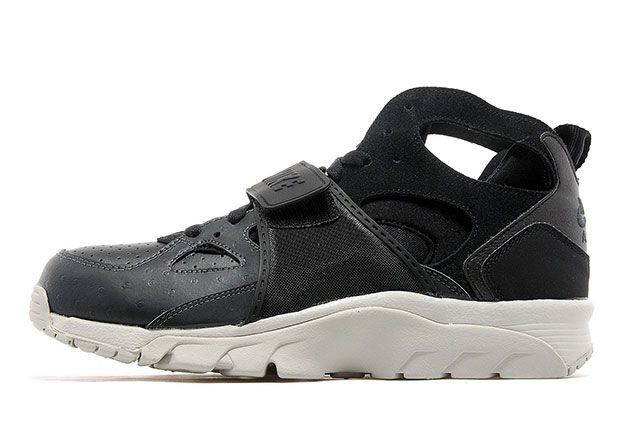 00b1b00119c5 75cfc 7ff76  closeout if you happen to love both the nike air trainer  huarache and ostrich textured leather