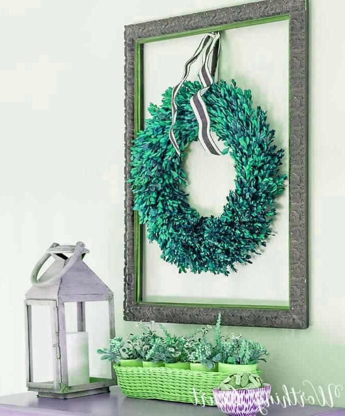 Home Interior Ideas Hang a boxwood wreath inside an old empty picture frame. #art #wallart #artideas.Home Interior Ideas  Hang a boxwood wreath inside an old empty picture frame. #art #wallart #artideas