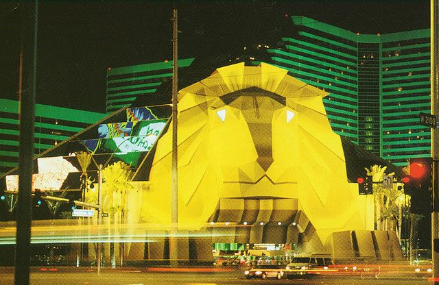 Old Mgm Grand Entrance In 1995 Holidays Las Vegas Las Vegas Trip Las Vegas Resorts